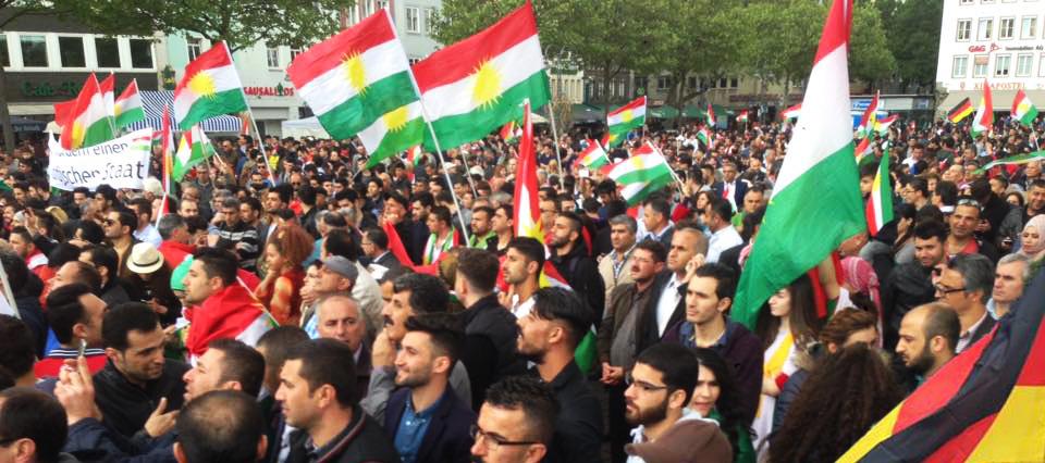 Kurden_demonstrieren_koeln-2