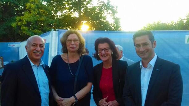 Musa Ataman, Anne Lütkes, (Regierungspräsidentin Düsseldorf), Gisela Walsken (Regierungspräsidentin Köln), Cahit Başar