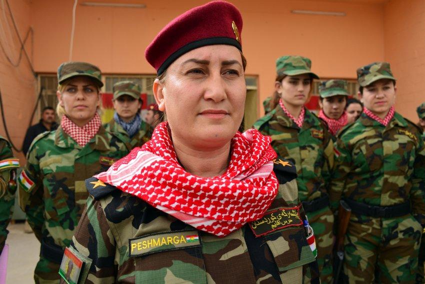 Frauenbataillon in Singschar / Front nahe Singschar / Soldatinnen und Soldaten - Foto: Hasnain Kazim